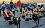 Grace Clough (centre) on her way to that World Record!