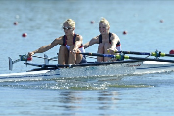 Imogen Walsh (left) and Ruth Walczak - Bronze in the LW2x in Varese