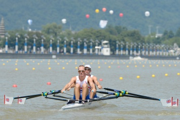 Peter & Richard Chambers in their World Champs heats