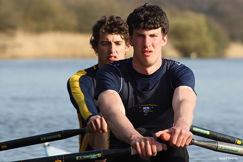 Image of junior rowers