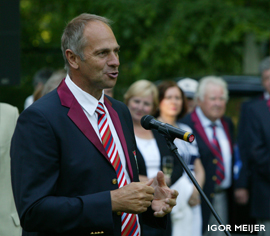 Sir Steve REdgrave at the Golden Blades St Petersburg City Sprints