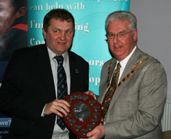 Mark Dewdney recieves his Volunteer of the Year Award